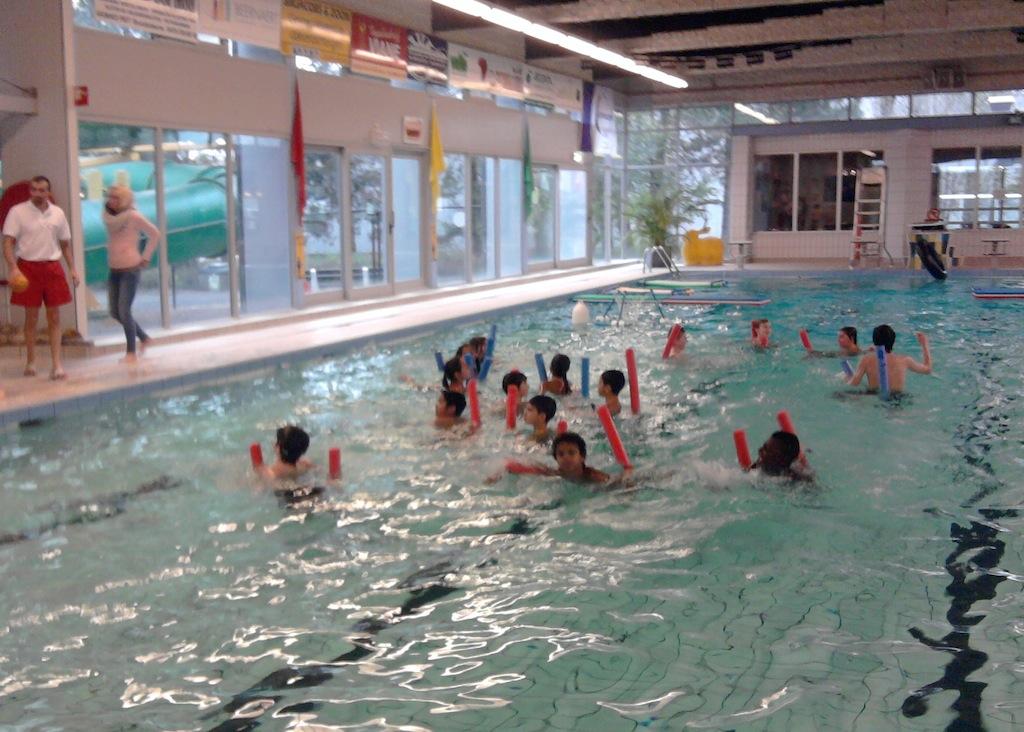 Spel zonder water grenzen in koksijde bs de tuimelaar for Zwembad spel